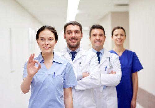 Trabajo-Equipo-Medicos-768x503